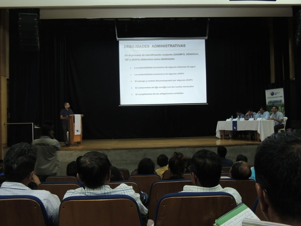 Promoción-de-la-Gestión-Comunitaria-para-el-acceso-seguro-al-agua--en-el-sector-rural-de-Orellana-Enginyeria-Sense-Fronteres-1